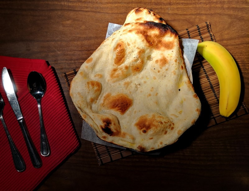tandoori-naan-Indian Food delivery vancouver