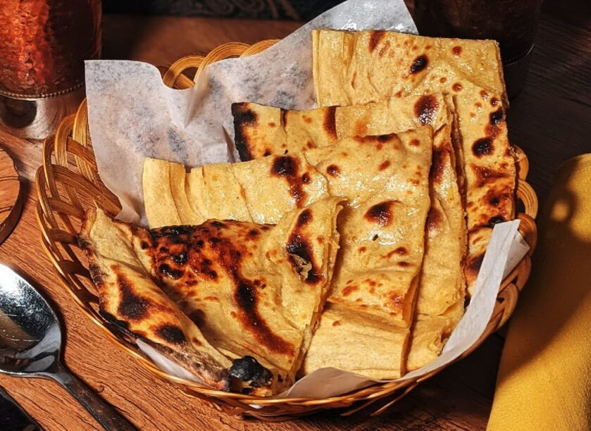 lacheda-paratha-indian-bread